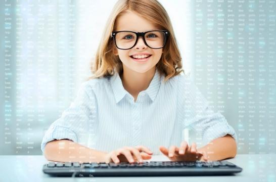 С конца 2016 года в детских технопарках Москвы прошли обучение более 3 тысяч детей