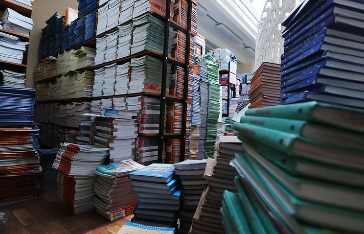 Глава Минобрнауки: список учебников резко сократится