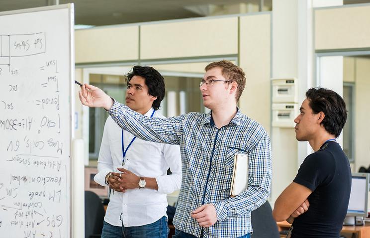 Космическая школа в Самаре собрала студентов из 14 стран
