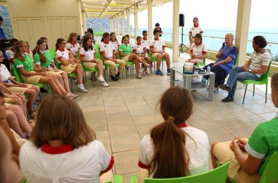 Ольга Васильева заявила, что выбор школьной формы следует оставить за каждой школой