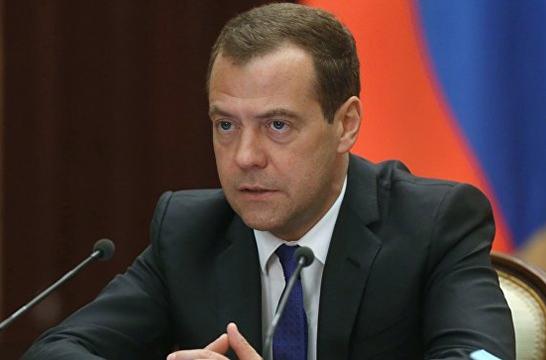 Дмитрий Медведев поздравил воспитателей с профессиональным праздником