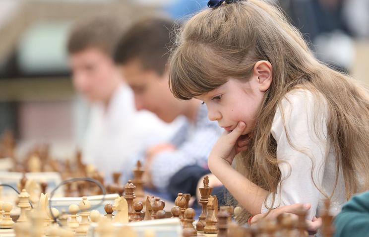 Минобрнауки в ближайшие два года введет обязательные занятия по шахматам в школах