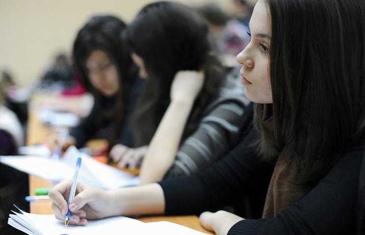 Минобрнауки планирует запретить рекламу услуг по написанию дипломов