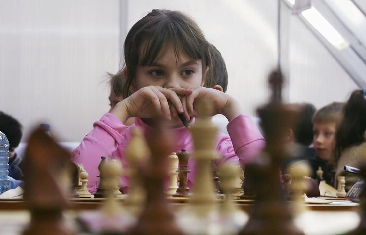 Эксперт: введение обязательного урока шахмат в школе позволит повысить успеваемость детей
