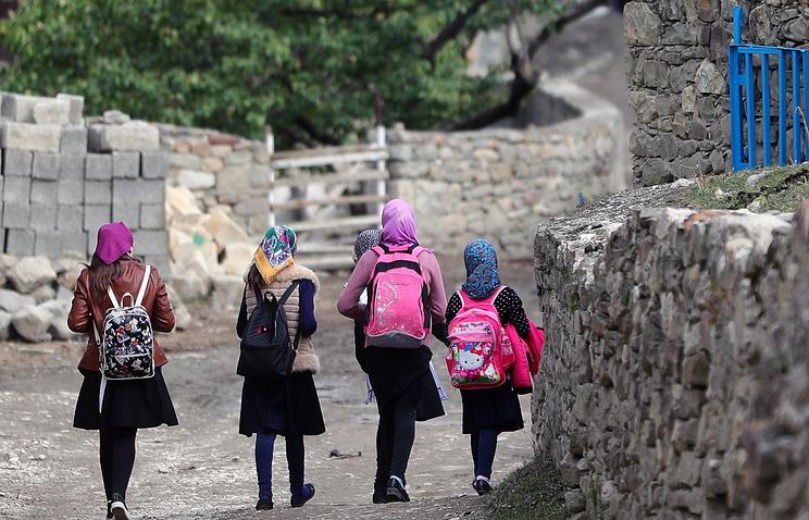 Минкавказа: врио главы Дагестана предстоит устранить трехсменное образование в республике