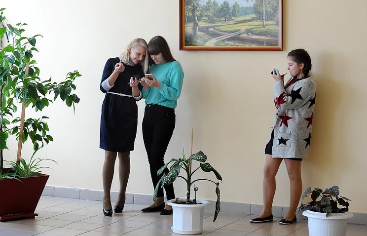 """Более миллиона россиян поздравили своих учителей в """"Одноклассниках"""""""