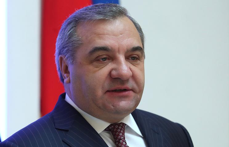 Пучков поздравил со 100-летним юбилеем легендарного преподавателя АГПС Михаила Безбородько