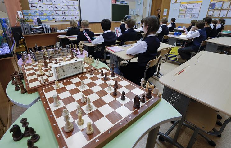 Регионы готовятся к урокам шахмат в школах