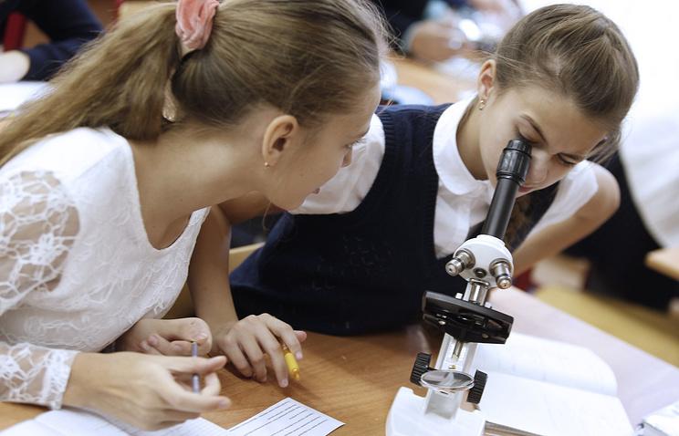 Рособрнадзор выявил серьезные проблемы в преподавании химии и биологии