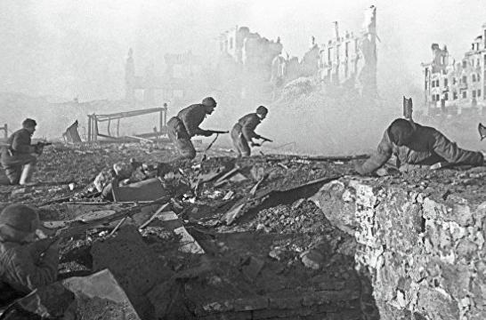В школах в пятницу пройдут «Уроки мужества», посвященные победе в Сталинградской битве