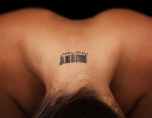 Татуировки остаются на коже благодаря иммунитету