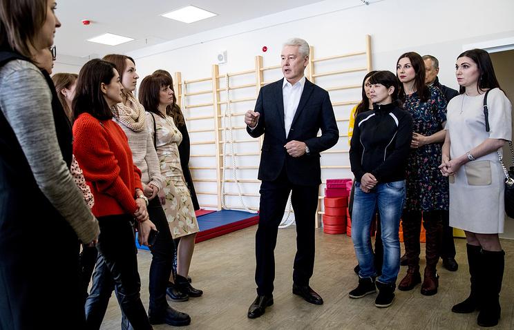 Власти Москвы пересмотрят график школьных каникул