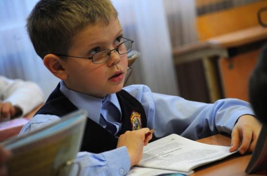 Ученики 4 классов 17 апреля пишут первую часть ВПР по русскому языку