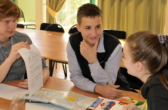 В Москве 17 мая для учащихся 10 классов столичных школ пройдет Интеллектуальный биатлон