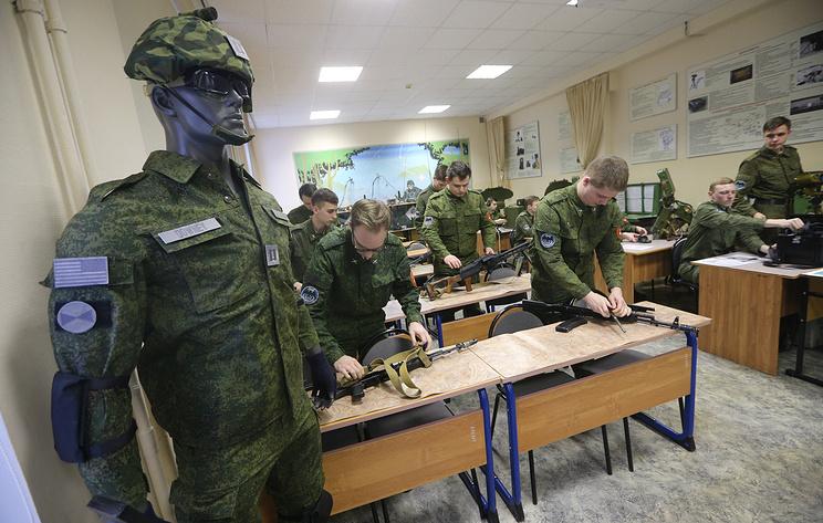 Госдума приняла закон о создании военных учебных центров при вузах
