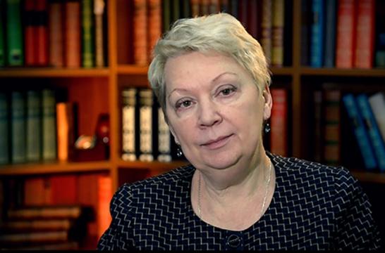 Ольга Васильева поздравила россиян с Днем воспитателя