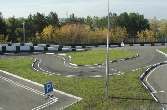 В Омске открыли федеральный учебный центр по подготовке педагогов, обучающих водителей