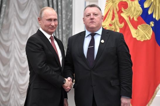 Владимир Путин вручил государственные награды выдающимся гражданам России