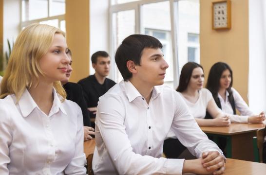 Общий прием в вузы в 2018 году составил более 1,1 млн человек – Котюков
