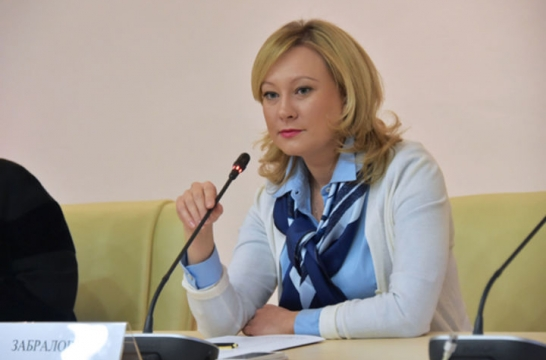 В Подмосковье именные губернаторские стипендии получили 2 тысячи детей и подростков – Забралова