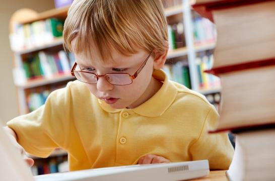 К концу 2021 года в школах России будет ликвидировано обучение в третью смену