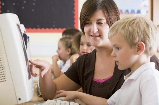 Все российские школы должны быть переведены на современные условия обучения – Владимир Путин