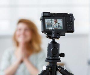Можно ли использовать видеоотзывы клиентов и записи тренингов приглашенных на мероприятие спикеров в рекламных целях?